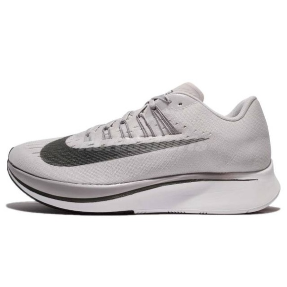 5824eaa58aef NIKE ZOOM FLY MEN S RUNNING SHOES 12.5